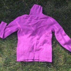 Apt9 💯 percent cashmere sweater.